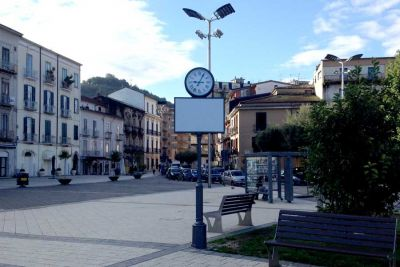 L'orologio in Piazza Umberto I